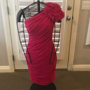 Cocktail dress with ruching